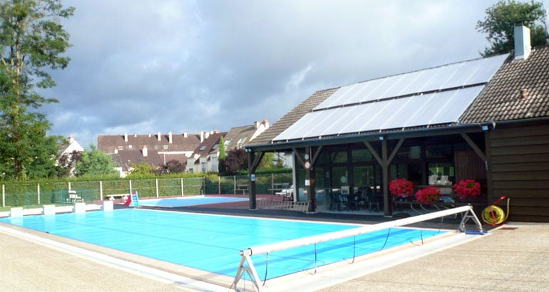Chauffer sa piscine gr ce aux nergies solaires for Chauffer piscine