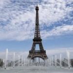 Un système de production d'énergie renouvelable installé sur la tour Eiffel