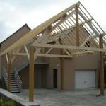 Tout savoir sur la maison en bois poteaux-poutres et ses avantages